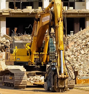 Trusting your commercial demolition to a local demolition company is a big decision, you have to find a demolition contractor with the experience and the right demolition heavy equipment to do the work safely and on time.